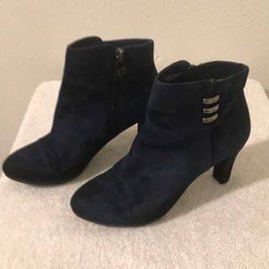 Anne Klein Ankle Boots Size 6 dark blue